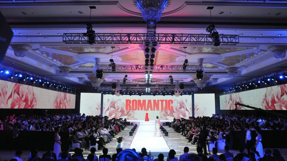 led-display-screen-panel-sign-board-curtain-tvs